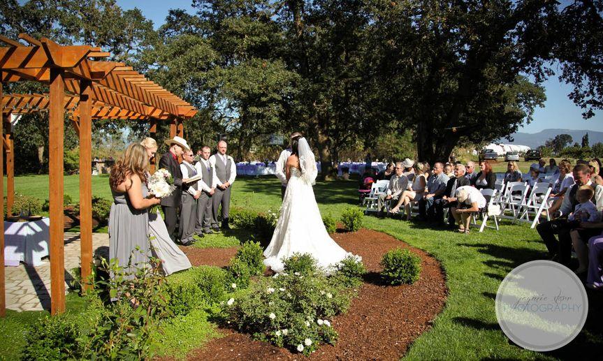 Stewart Family Farm Outdoor Weddings