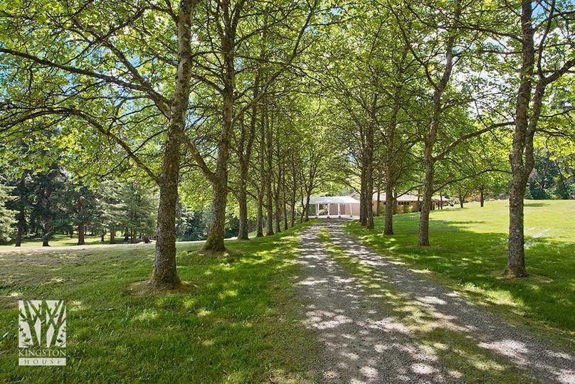seattle wedding venueskingston house driveway to c