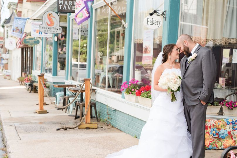 Valerie michelle photography. Baltimore maryland wedding photographer. Bride and groom portraits on...