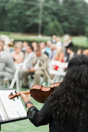 Violinist playing for the wedding