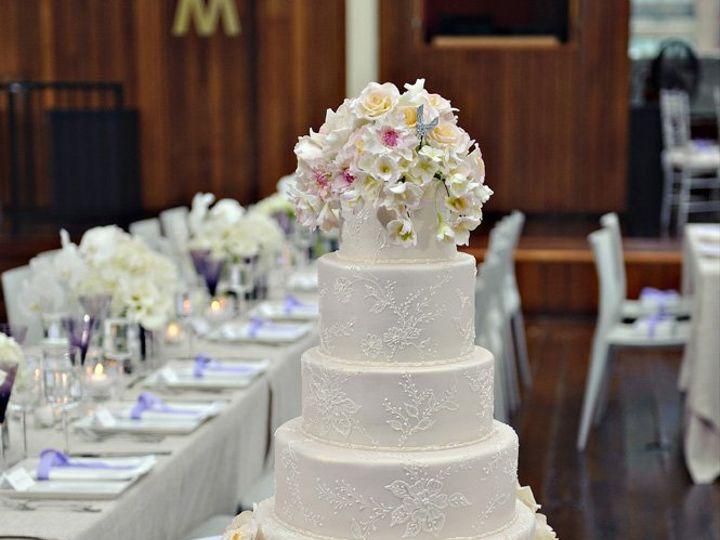 Tmx 1362096077811 Anaparzychweddingcakestodayshowcake Greenwich wedding cake