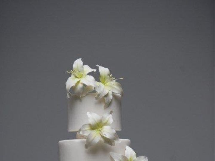 Tmx 1362096306115 Weddingcakelilies Greenwich wedding cake