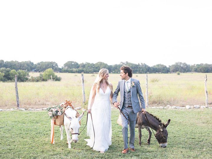 Tmx 69506682 2342862972416856 2445615418417610752 O 51 539045 157870748650789 Driftwood, TX wedding venue