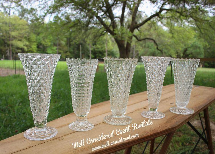 wm glass vases 4 ea