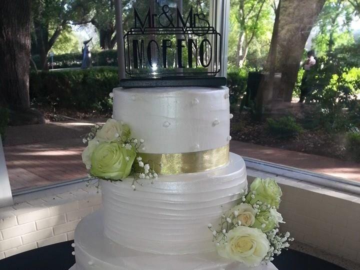 Tmx 18008 862741160458351 8540754416630334702 N 51 1900145 157782435796814 Dallas, TX wedding cake