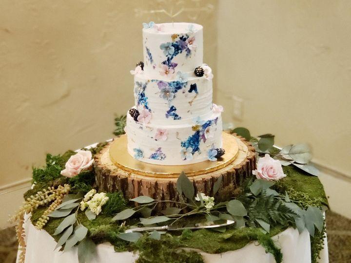 Tmx 20200318 175057 1 51 1900145 159858387323434 Dallas, TX wedding cake