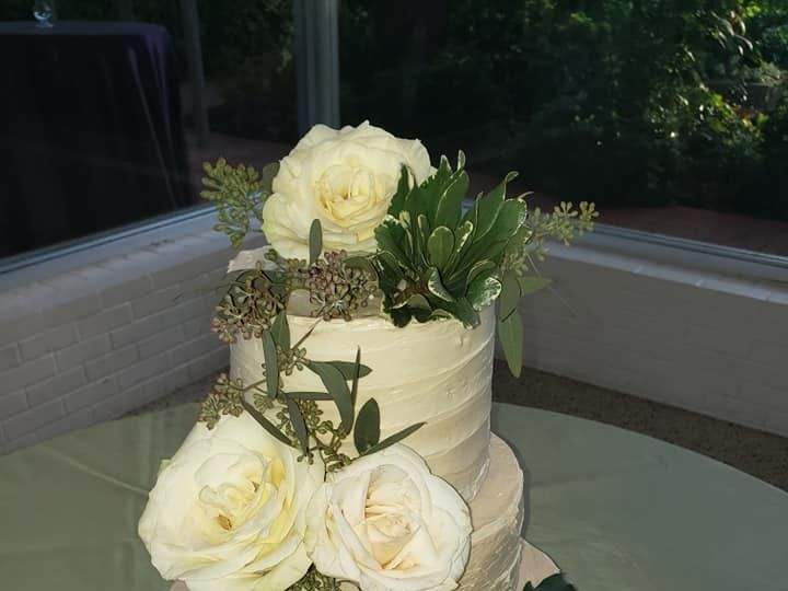 Tmx 46787293 2094525510613237 1135417850723303424 N 51 1900145 157782436172227 Dallas, TX wedding cake