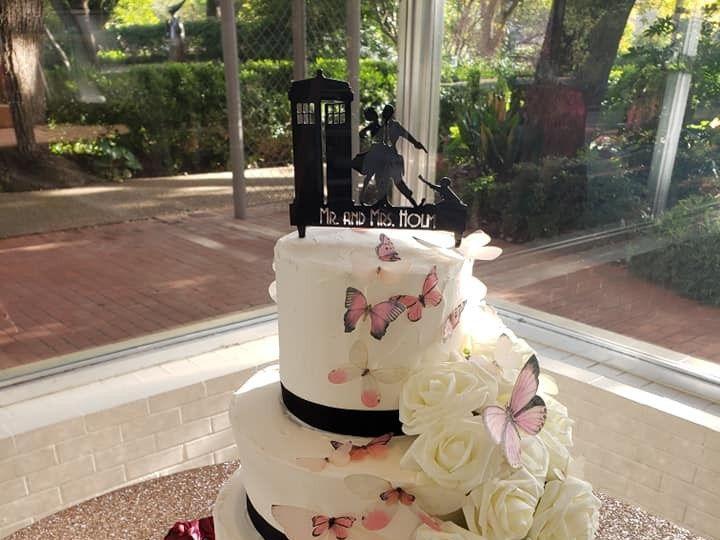 Tmx 46798885 2094525697279885 6941519645509681152 N 51 1900145 157782436121044 Dallas, TX wedding cake
