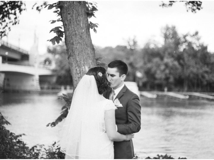 Tmx 1445890663999 Kissing Couple Saint Paul wedding venue