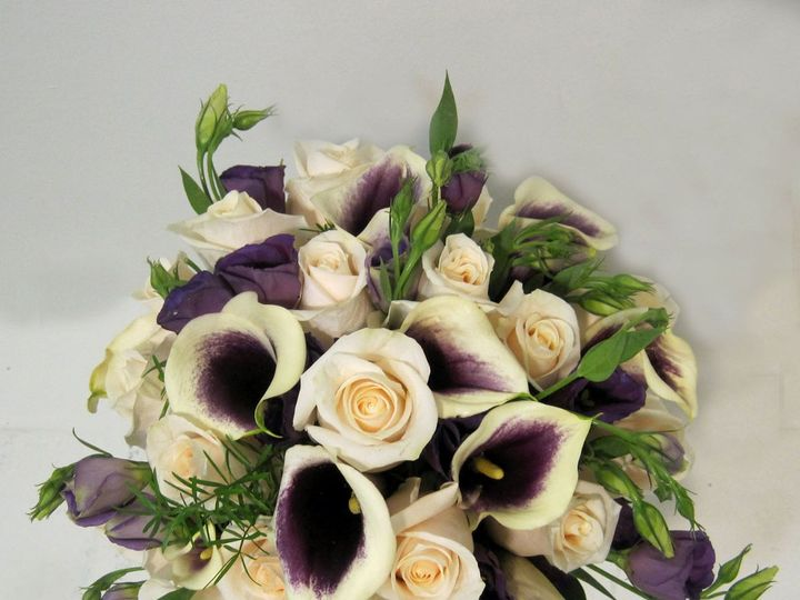 Tmx 1359756931178 PICASSOCALLAVENDELLAROSESANDLISIANTHUS Yakima, WA wedding florist