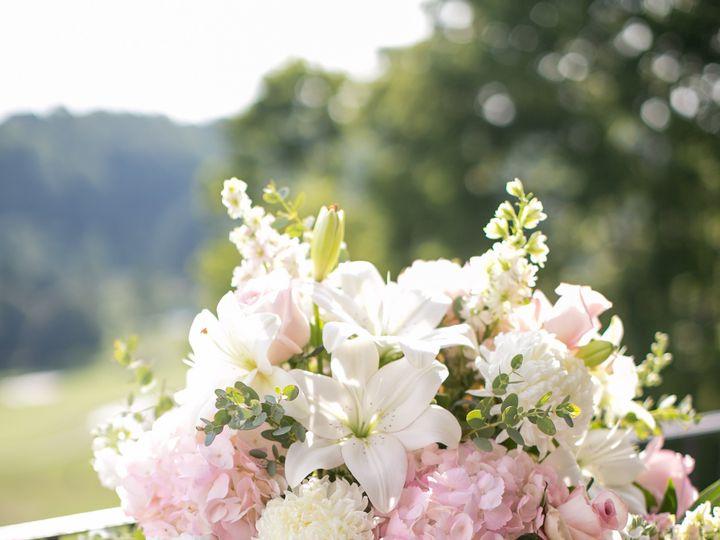 Tmx Abbyericlivingradiantphotographyhuntvalleygolfclubweddingphotos 805 51 41145 Towson, MD wedding florist