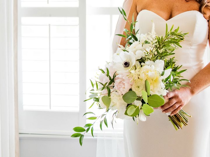 Tmx Croppedinnatperrycabin Jessicakevin Gettingready 358 51 41145 Towson, MD wedding florist