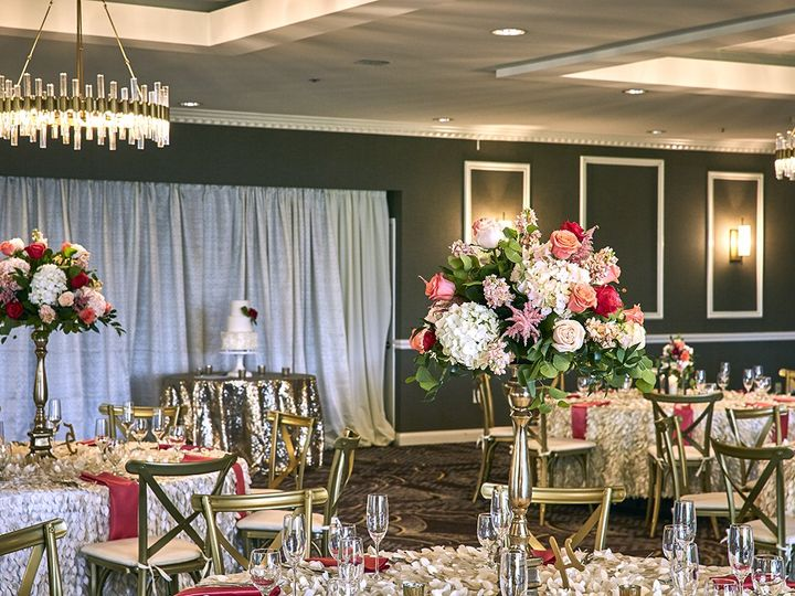 Tmx Eagles Nest Ballroom Set 010 51 41145 Towson, MD wedding florist