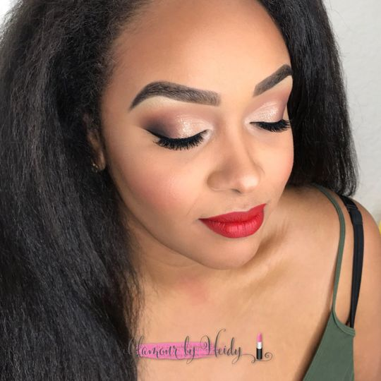 Smokey eye with red lip