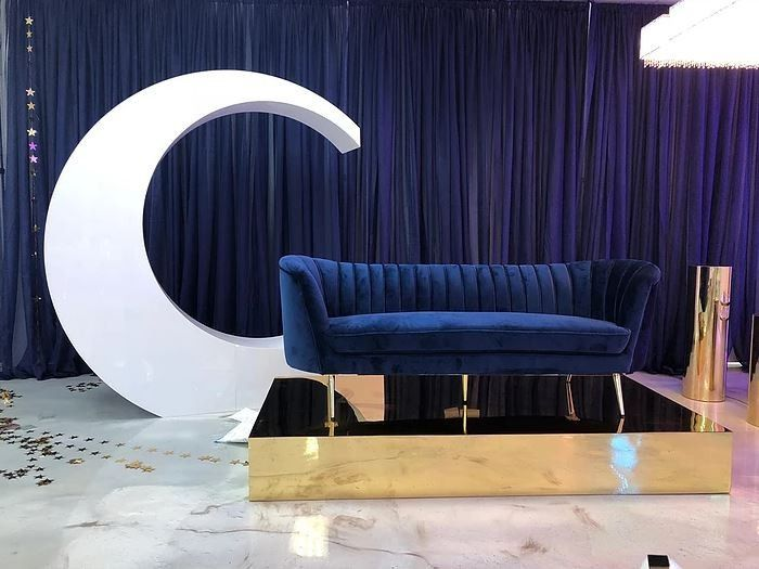 Midnight blue lounge furniture