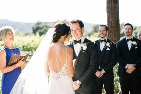 Wedding Officiant Eileen