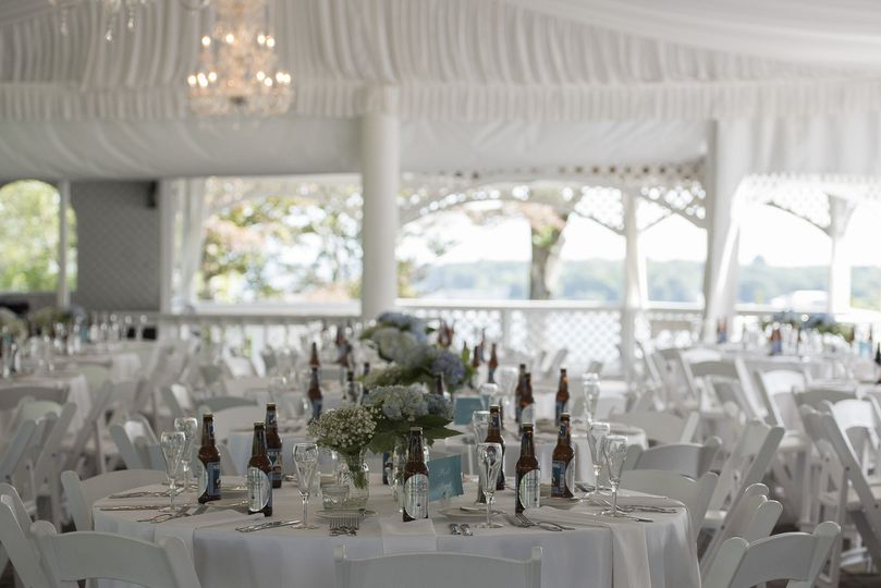 White theme wedding
