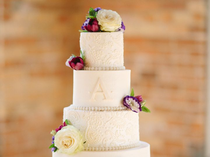 Tmx 1466024557304 4 9 16 Cotton Room 4 Raleigh wedding cake