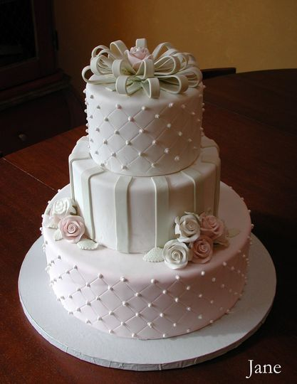 creative cakes wedding cake illinois chicago rockford south bend