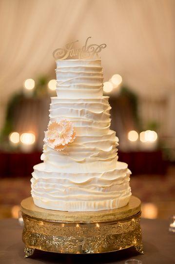 Creative Cakes Wedding Cake Tinley Park Il Weddingwire