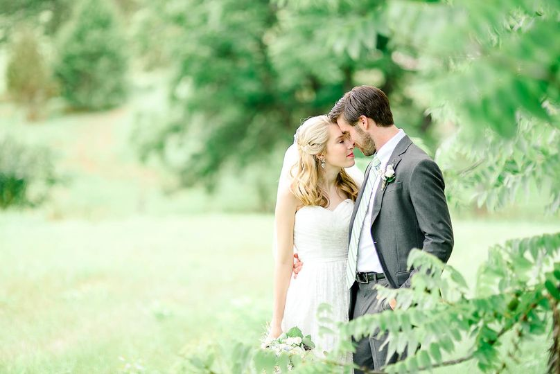 Look of love Alina Thomas, Senior Photographer considers herself a wedding photographer with a...