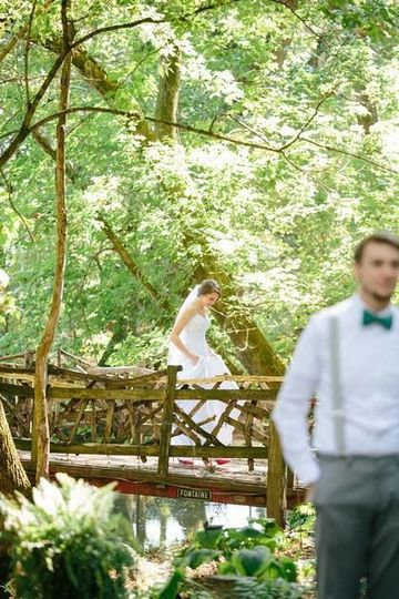 Spotting the bride