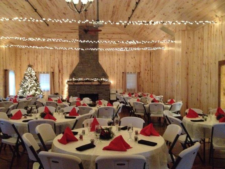 Lakeside Cedar Lodge