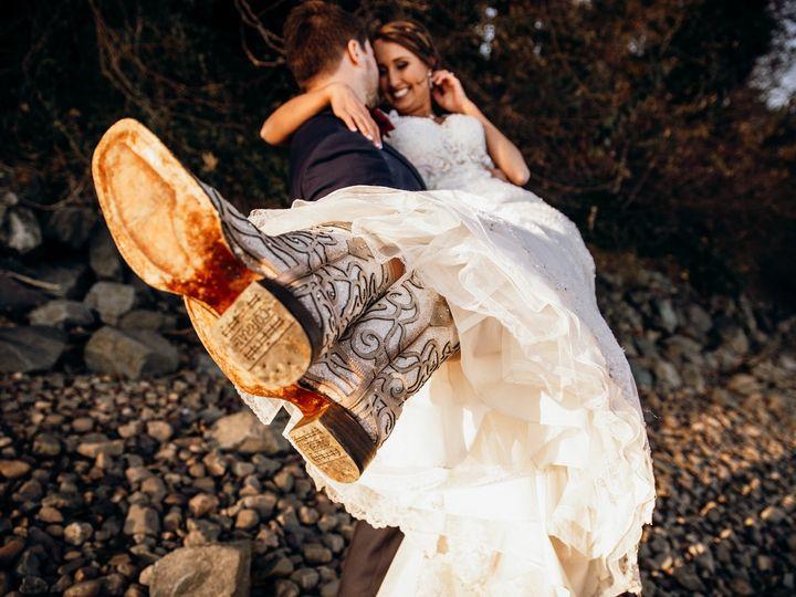 Tmx 78677322 10206503494661368 1012866370590736384 O 51 10245 159268548456216 Parkville, MD wedding planner
