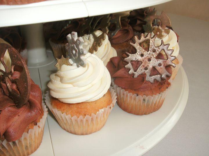 Gear themed cupcakes