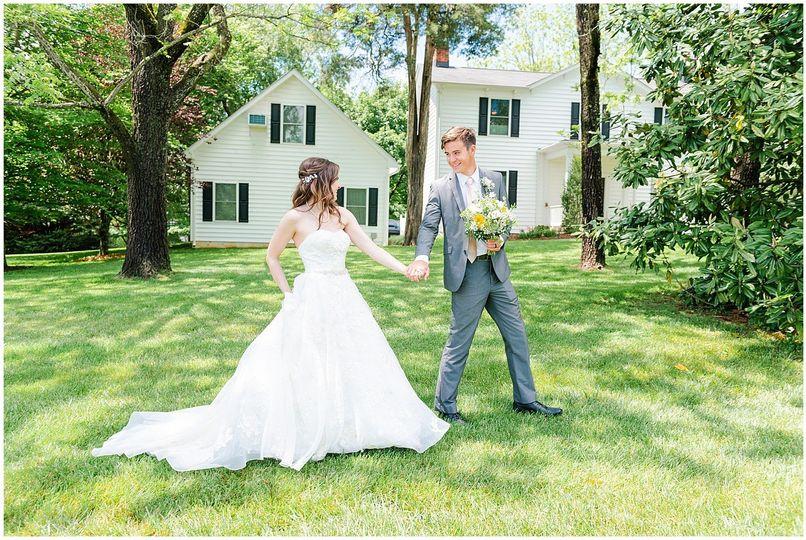 FAMILY FARM HOUSE WEDDING