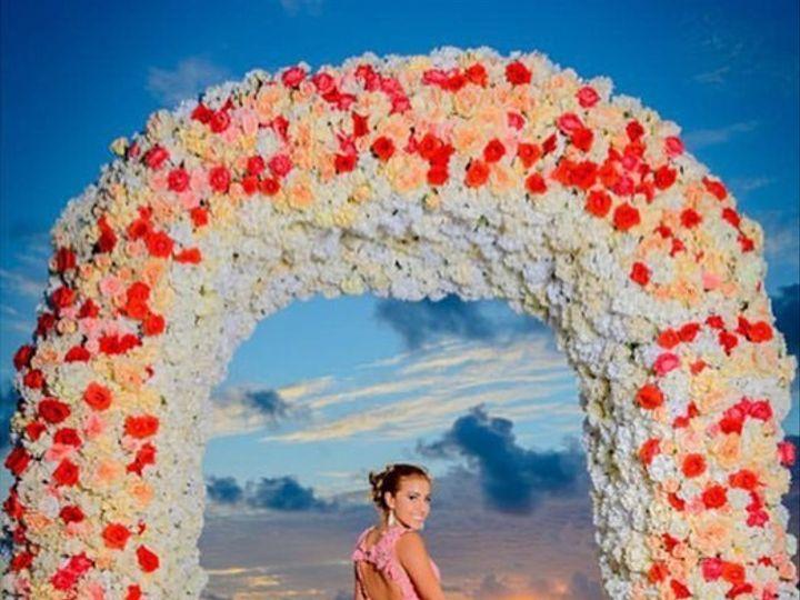 Tmx Clearwater Beaxch 51 496245 1564502204 Tampa, FL wedding florist