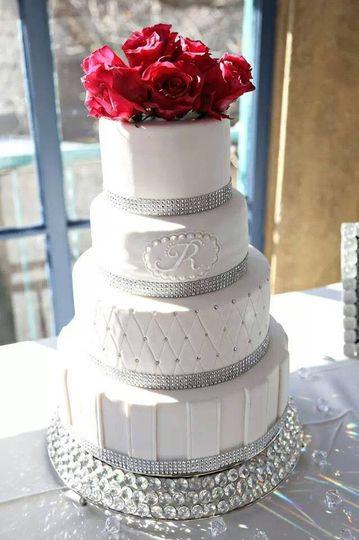 Wedding cake for a wedding at Dresser Mansion.
