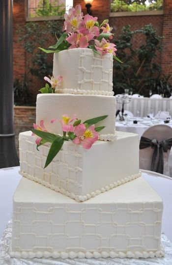 800x800 1295815567480 wed2010geometricweddingcake