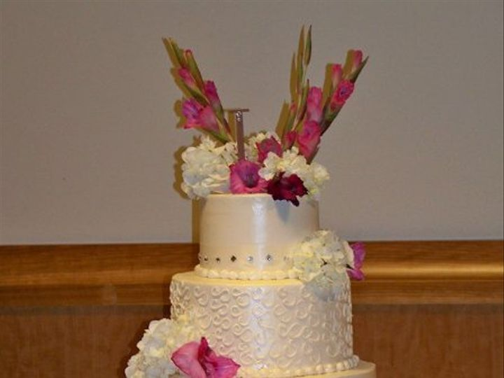 Tmx 1222611244364 Wed70wilson Commerce Township, Michigan wedding cake