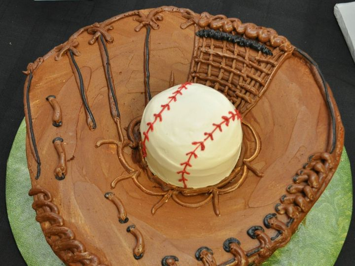 Tmx 1359072806577 3dbaseballgloveandball2 Commerce Township, Michigan wedding cake