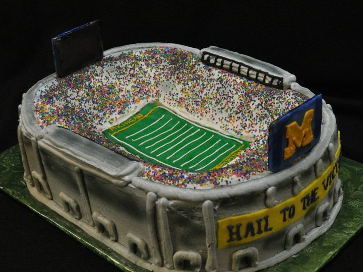 Tmx 1359073098453 3dmichiganstadium Commerce Township, Michigan wedding cake