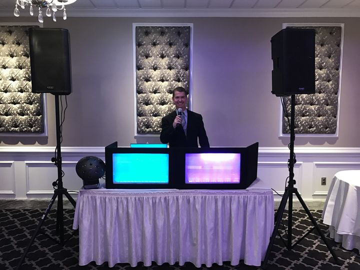 Wedding dj booth
