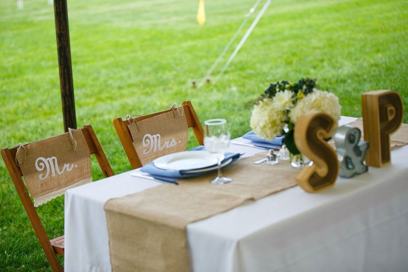 800x800 1496947419888 stillwater bride and groom table