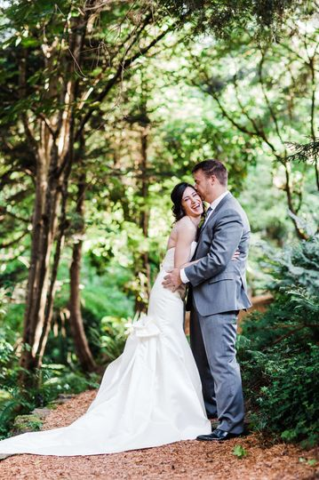 800x800 1515962143 bcadd4f455bcf2c3 1515962140 bfd77f4be164af5d 1515962118444 1 seattle wedding ph