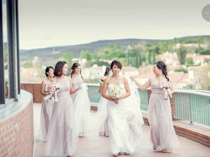 Tmx Bridemaids 3 51 72345 Thousand Oaks wedding venue