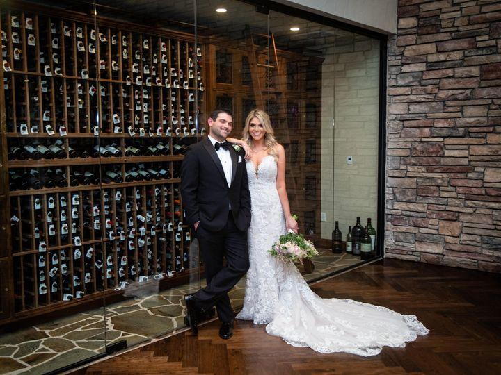 Tmx Menashe Lewinson13 51 72345 1569007761 Thousand Oaks wedding venue