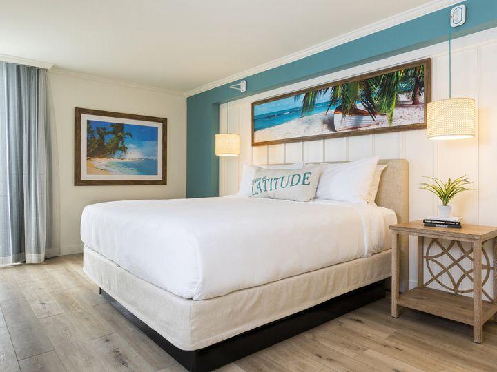 Tmx 05 Guest Suite King Bed 51 374345 160582200842435 Montgomery, TX wedding venue