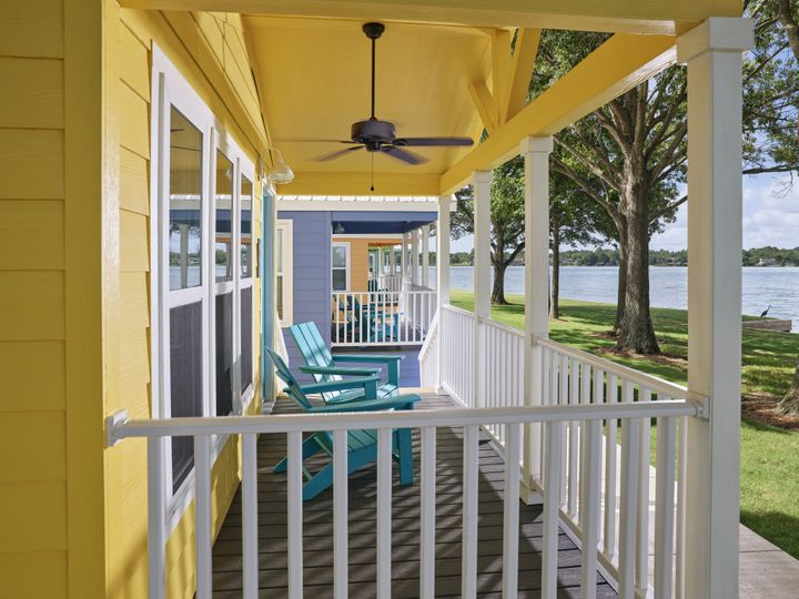 Tmx 06 Lake Cottage Porch 51 374345 160582182933545 Montgomery, TX wedding venue