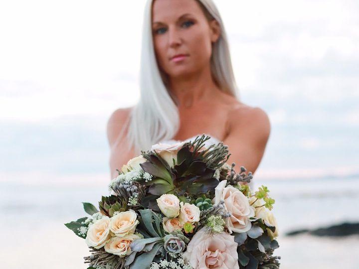 Tmx Img 6544 51 1016345 1565635004 Friday Harbor, WA wedding florist