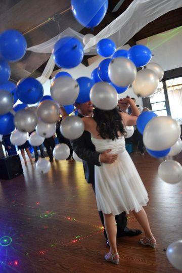 Balloon drop during first dance