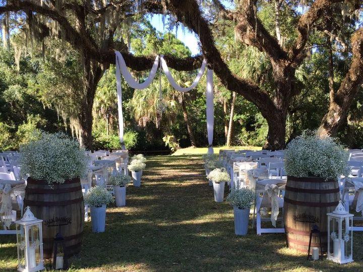 Tmx 1527868982 2db652f25d09fd8e 1527868981 Ae1a1d263a1c53bd 1527868978247 3 A3 Fort Myers wedding florist