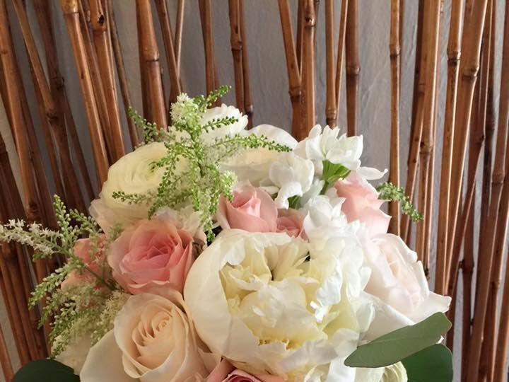 Tmx 1527869208 4f32e8d3b279538b 1527869207 053e7883f9df7e9b 1527869198558 27 B25 Fort Myers wedding florist