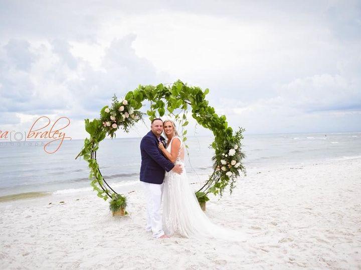 Tmx 1530311260 08ddca8b181bc786 1530311259 B105b626f4a6def1 1530311259016 1 1 Fort Myers wedding florist
