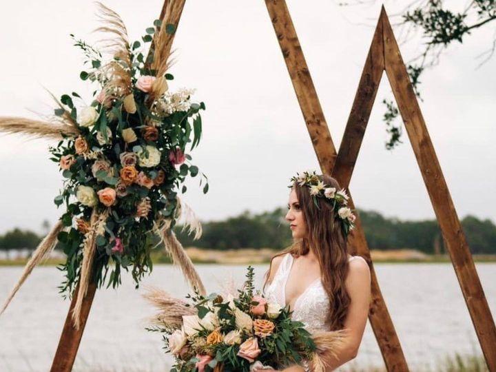 Tmx 4 51 608345 160795542798948 Fort Myers, FL wedding florist