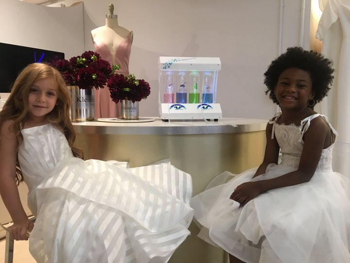 Flower Girls, Oxygen Bar
